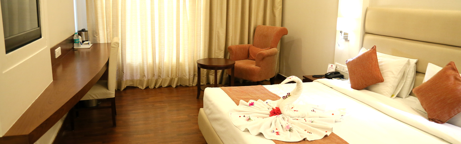 Luxury Hotel Rooms in Dehradun at MJ Residency