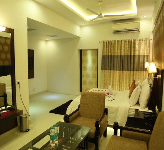 Luxury Hotel Rooms for Corporates and Professionals